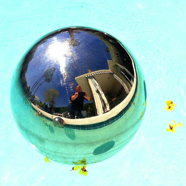 My David took a pic of his reflection in this floating ball