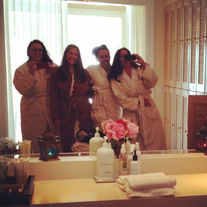 Sisters Spa Selfie