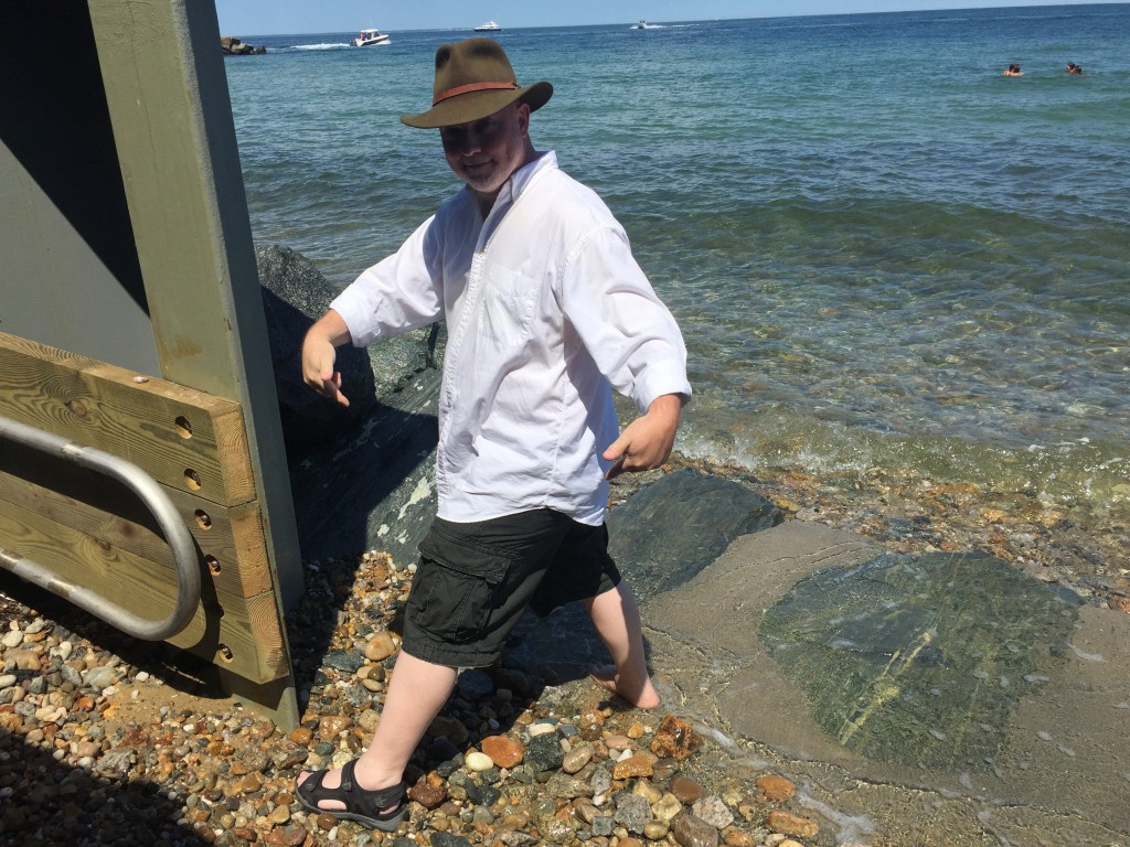 David sets a daring foot in the ocean